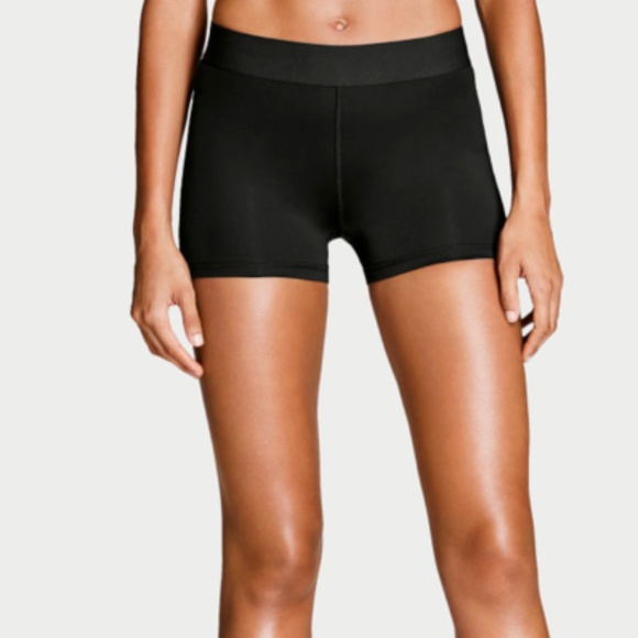 4de3bdfd8661d Victoria's Secret Sport Black Hot Short The Player